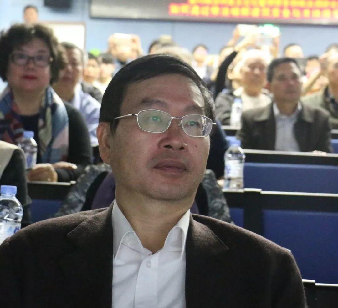 """深圳业主论坛联合多家媒体参与""""开门修法"""""""