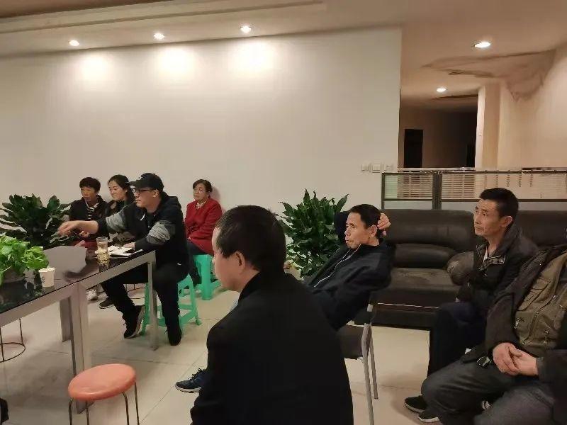 成都新都区邻里中心物业业主协商会召开并达成共识
